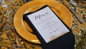 menu-dining-table